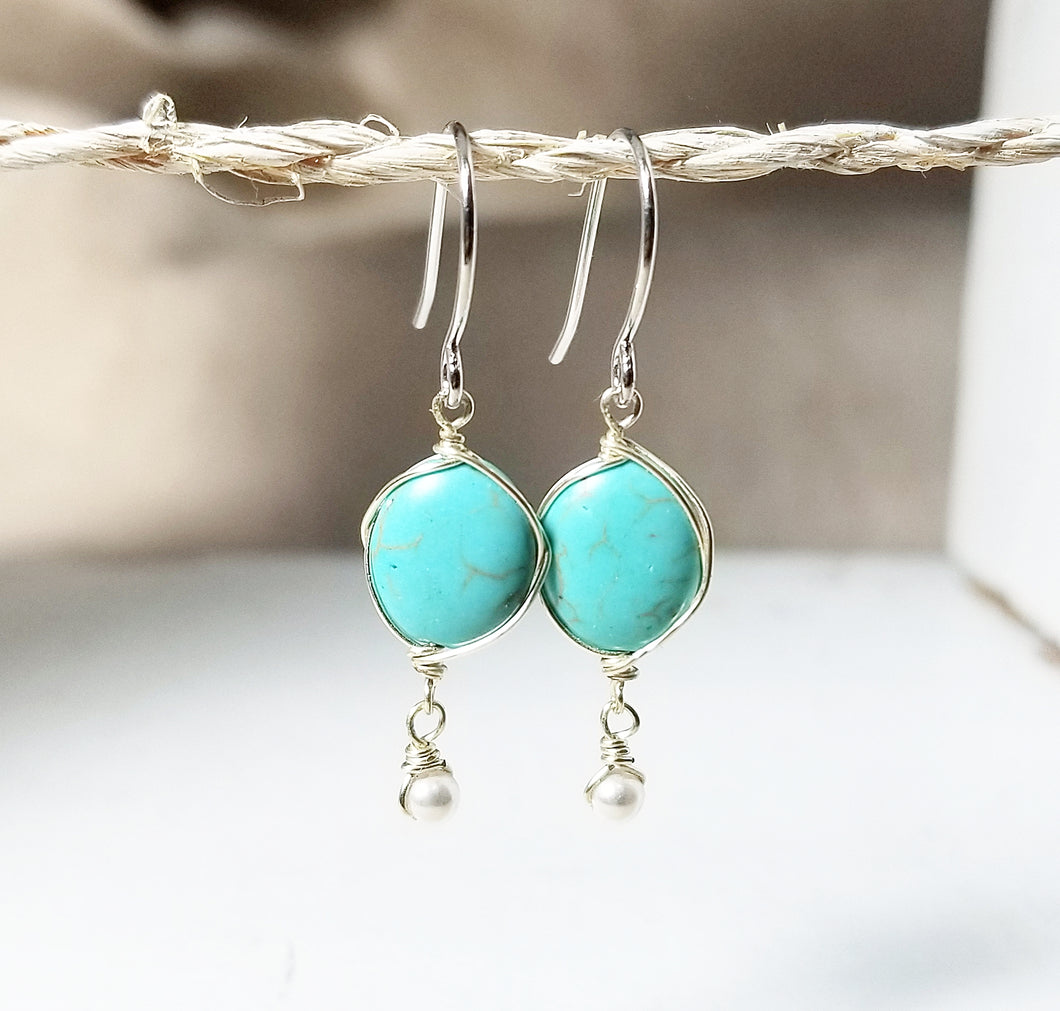 Turquoise dangle earring