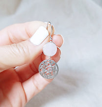 Load image into Gallery viewer, Special Design symbol rose quartz earring