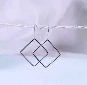 Square earring