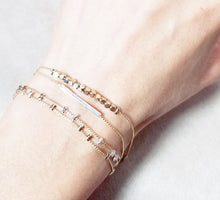 Load image into Gallery viewer, Bar two tone bracelet