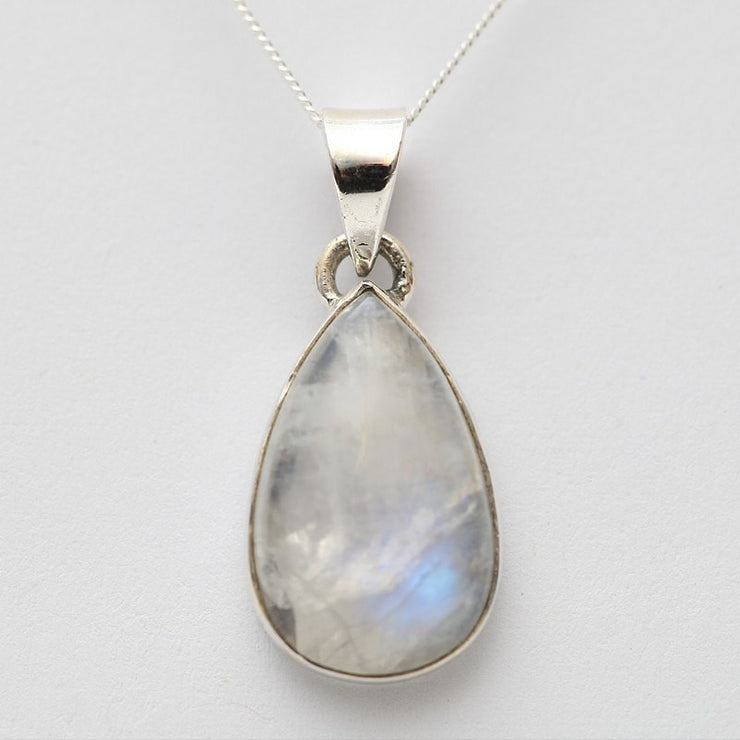 Moonstone pendant in 925 silver