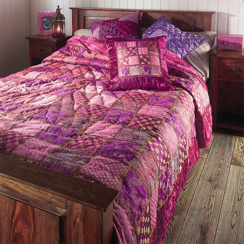Velvet & Brocade Double Bed Quilt