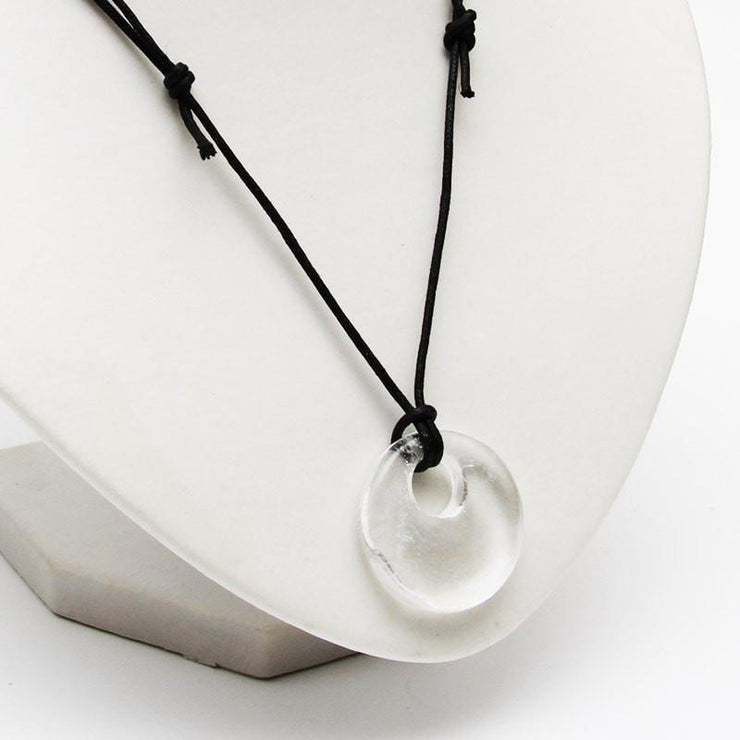 Quartz Circle Necklace - Healing