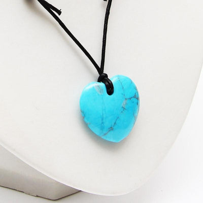 Turquoise Howlite Heart Necklace - Protection