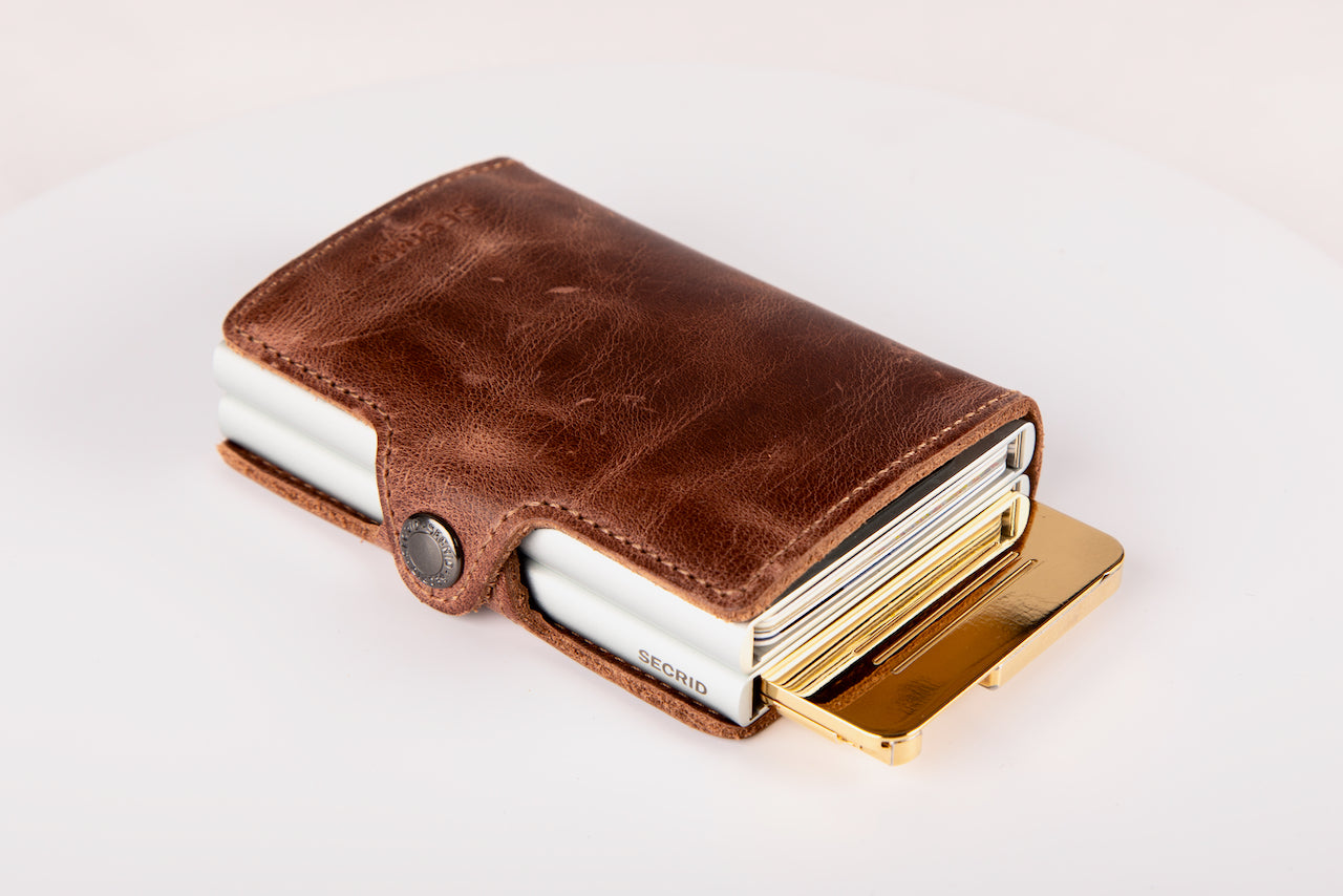 Secure Wallet with oneGee SecureBox Gold Version