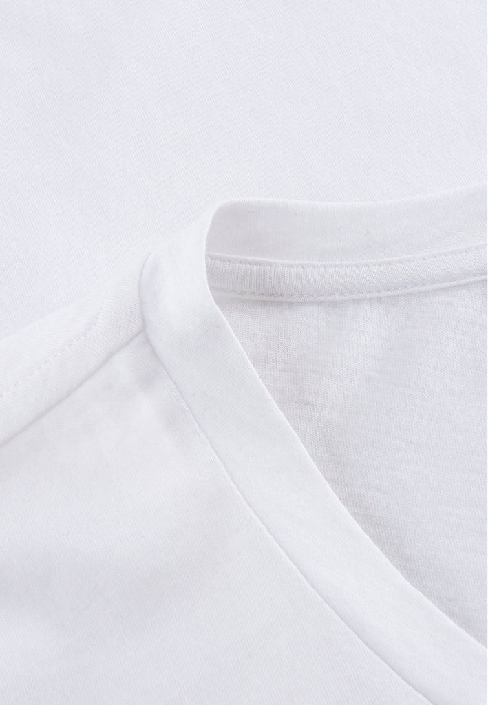 White| Detailbild von the classic T-Shirt weiß