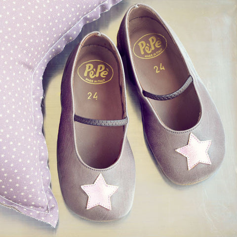 Pèpè Girls Taupe Indoor Shoe with Shiny Rose Star