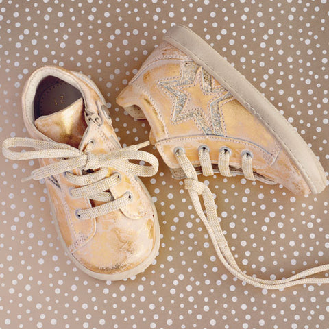 Zecchino d'Oro Girls Brushed Gold Trainer