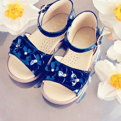 Clarys Girls Navy Flower Sandal