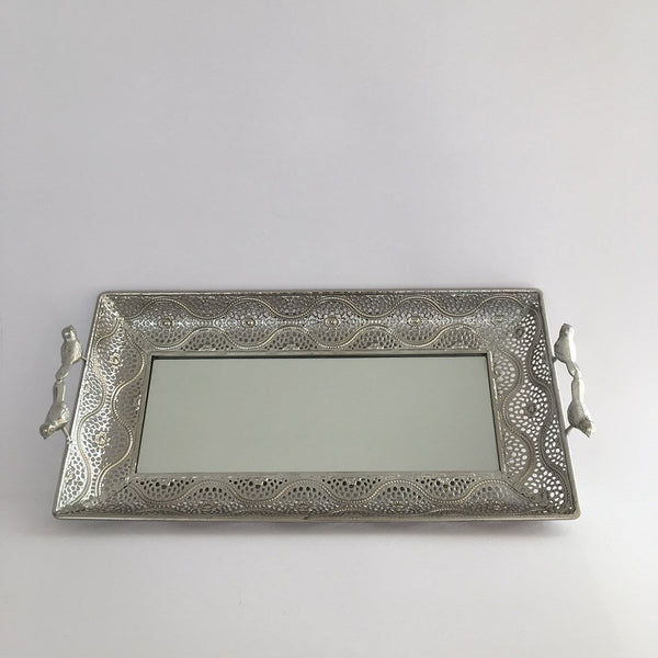 bandeja-rectangular-metalica-con-espejo-color-plata-2