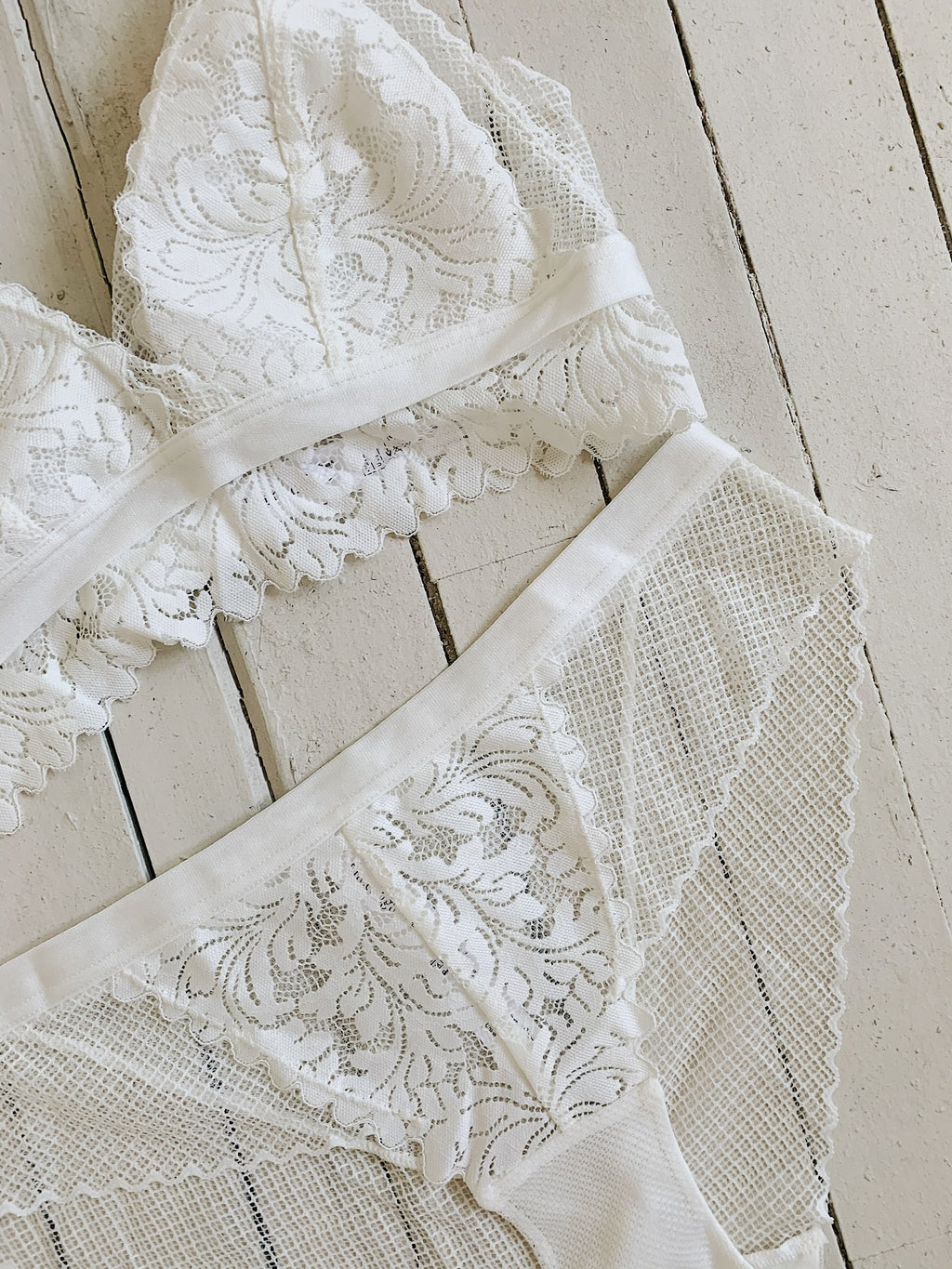 Paisley Set 🕊 White