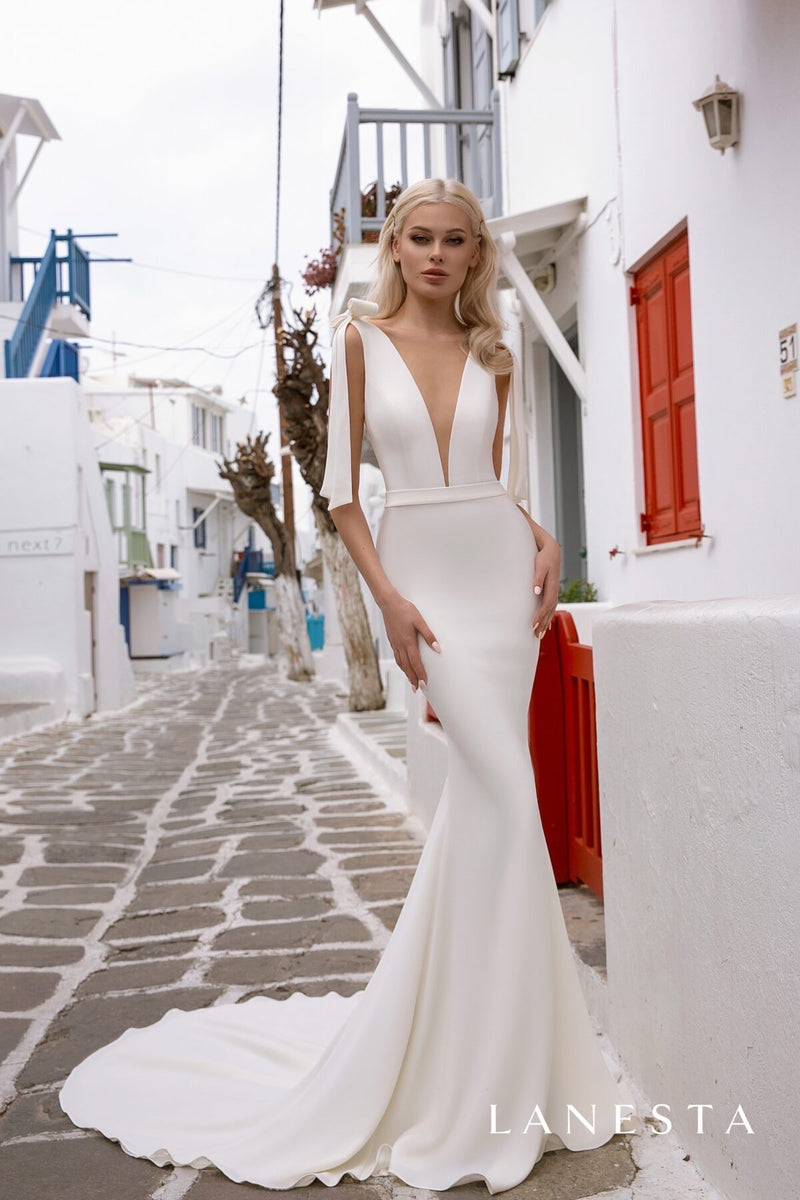 Femida Gown by Lanesta