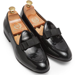 Bowtie Leather Slipons (Patent Black)
