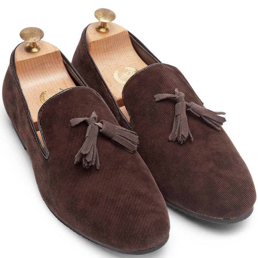 Suede Tassel Slipons (Brown)