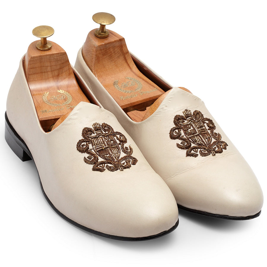 Royal Crest© Leather Juttis (White)