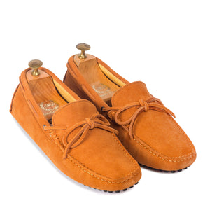 Gommino Suede Bow Loafers (Tan)