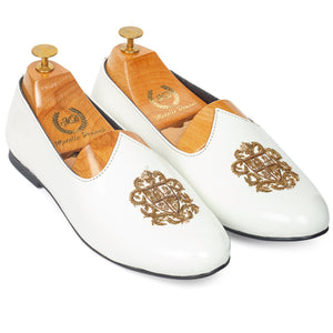 Royal Crest© Leather Juttis (Patent White)