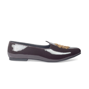 Royal Crest© Leather Juttis (Patent Brown)