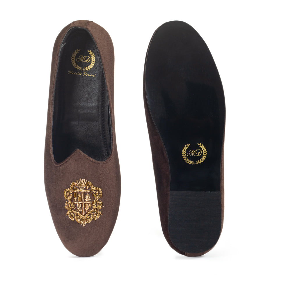Royal Crest© Velvet Juttis (Brown)