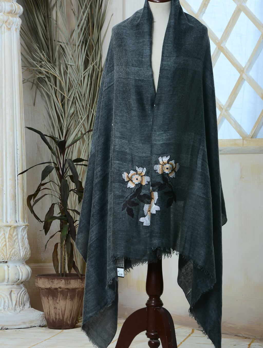 Classic Cashmere Embroidered Shawl IHC-R-01-21 D.Grey Wraps FASUNSLAD