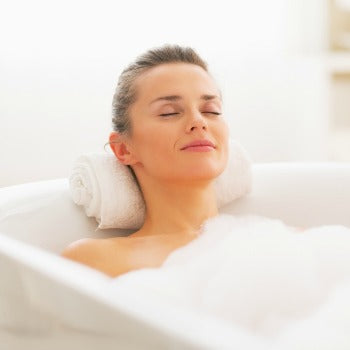 bathing in warm water to prevent itching during pregnancy