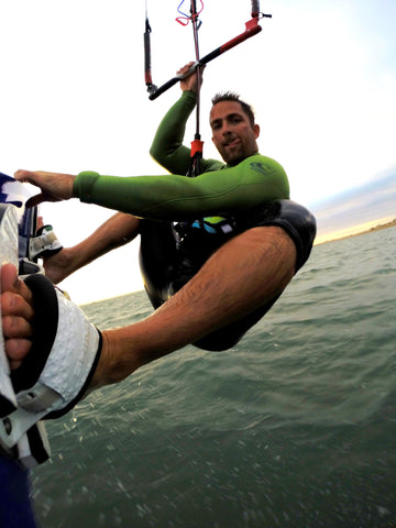 Kitesurfing Kiteboard and Wakeboard GoPro Mount without bolts and leash by Flymount