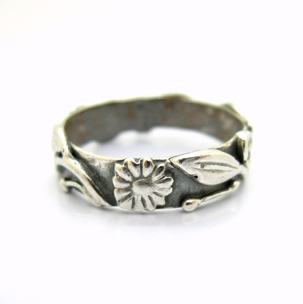 Flower wedding band, oxidized silver, matching set ring
