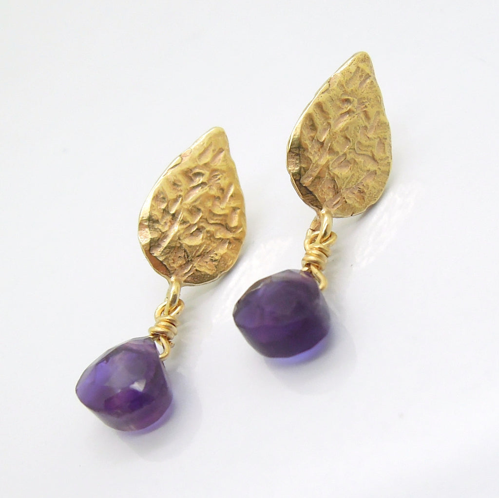Drop amethyst earrings, gold earrings, Hammered dangle earrings