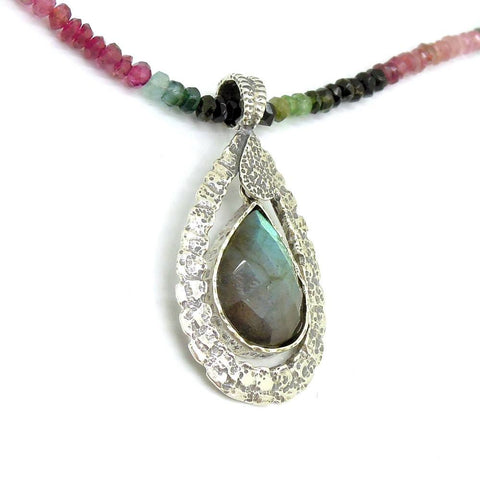 Necklace - Tourmaline Bead Necklace With A Drop Shape Labradorite