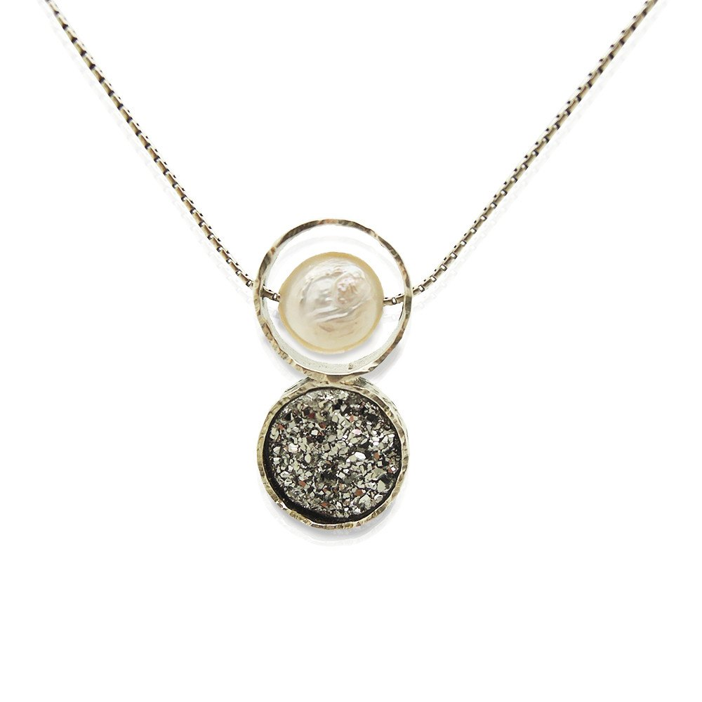 Pendant - Druzy Pendant Necklace Set In Sterling Silver With A White Pearl
