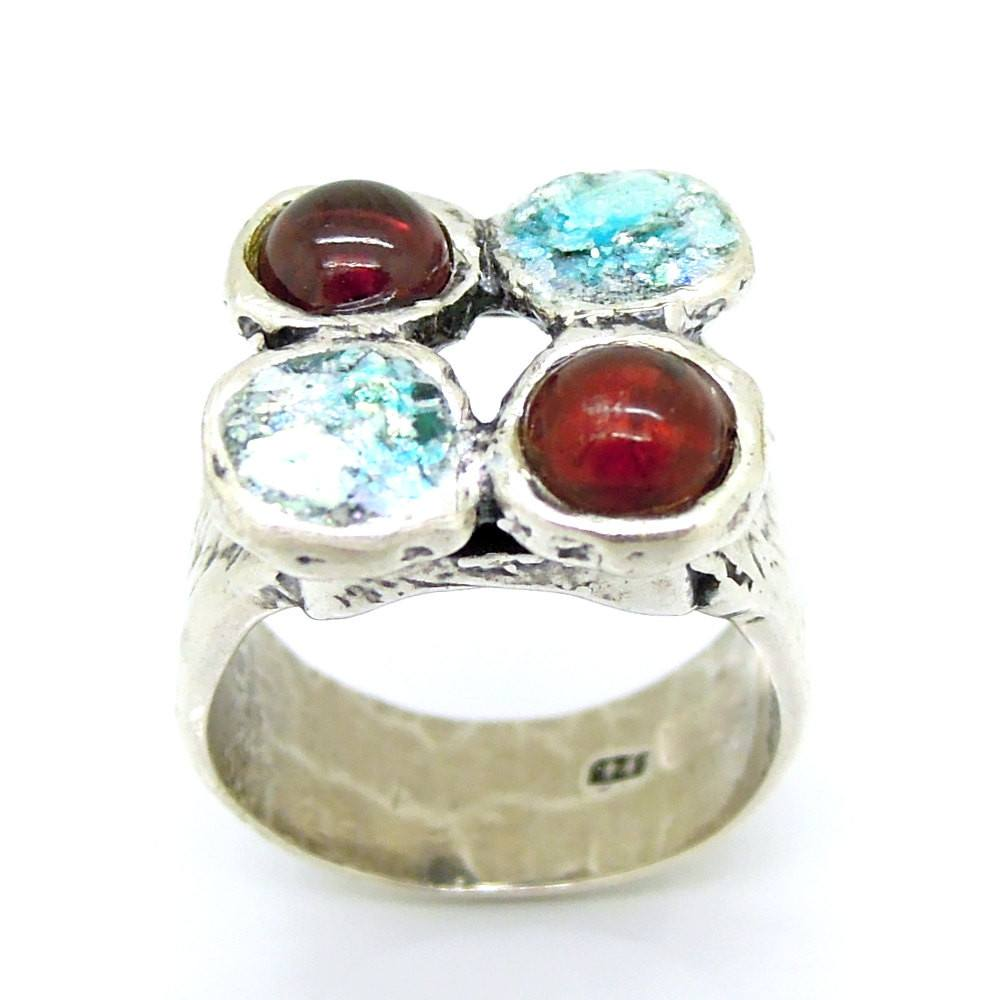 Ring - Garnet And Roman Glass Silver Ring