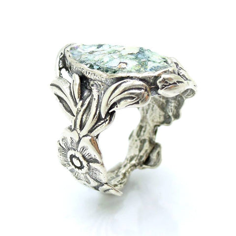 Ring - Oval Silver Ring With Flower With Roman Glass And Flower Design