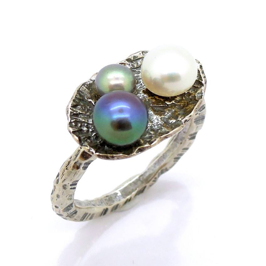 Rings - 3 Color Pearl Ring