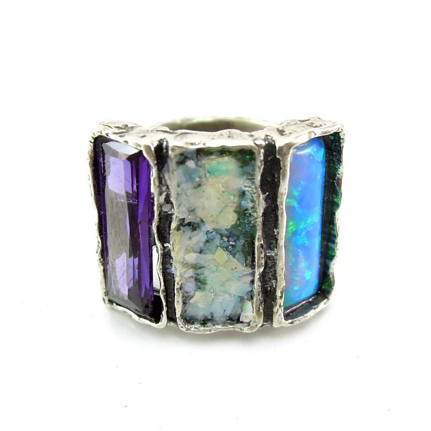Rings - 3 Rectangle Gemstone And Roman Glass Ring
