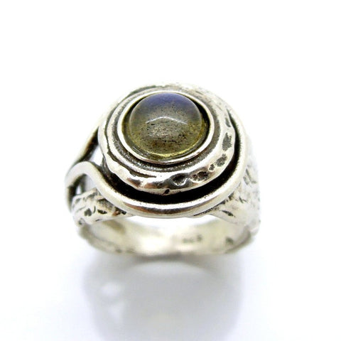 Rings - Silver And Labradorite Gemstone Ring
