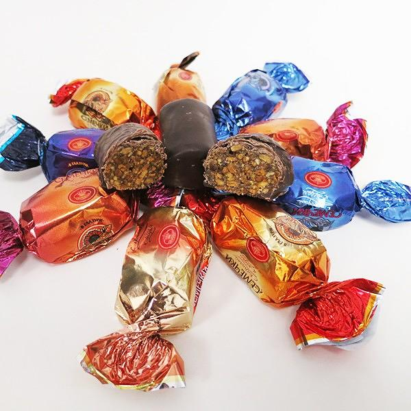 "Mix of Chocolate Covered Candy ""Sunflower Seeds"" with Fruits and Honey, 1 lb / 0.45 kg"