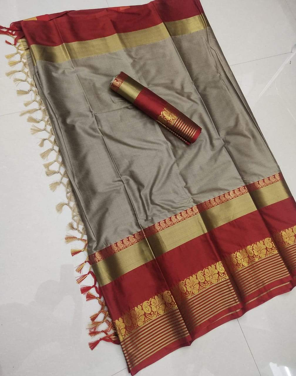 Didi Beige & Red Adoring Soft Cotton Silk Saree With Blouse Piece ( Shabanam-Chiku-Red )