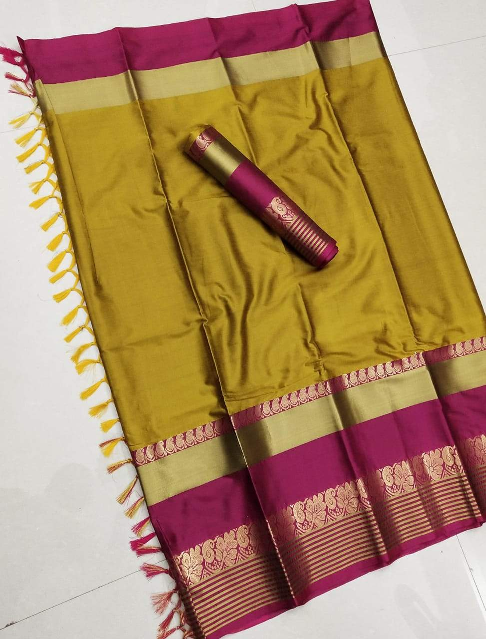 Didi Yellow & Pink Impressive Soft Cotton Silk Saree With Blouse Piece ( Shabanam-Yellow-Pink )