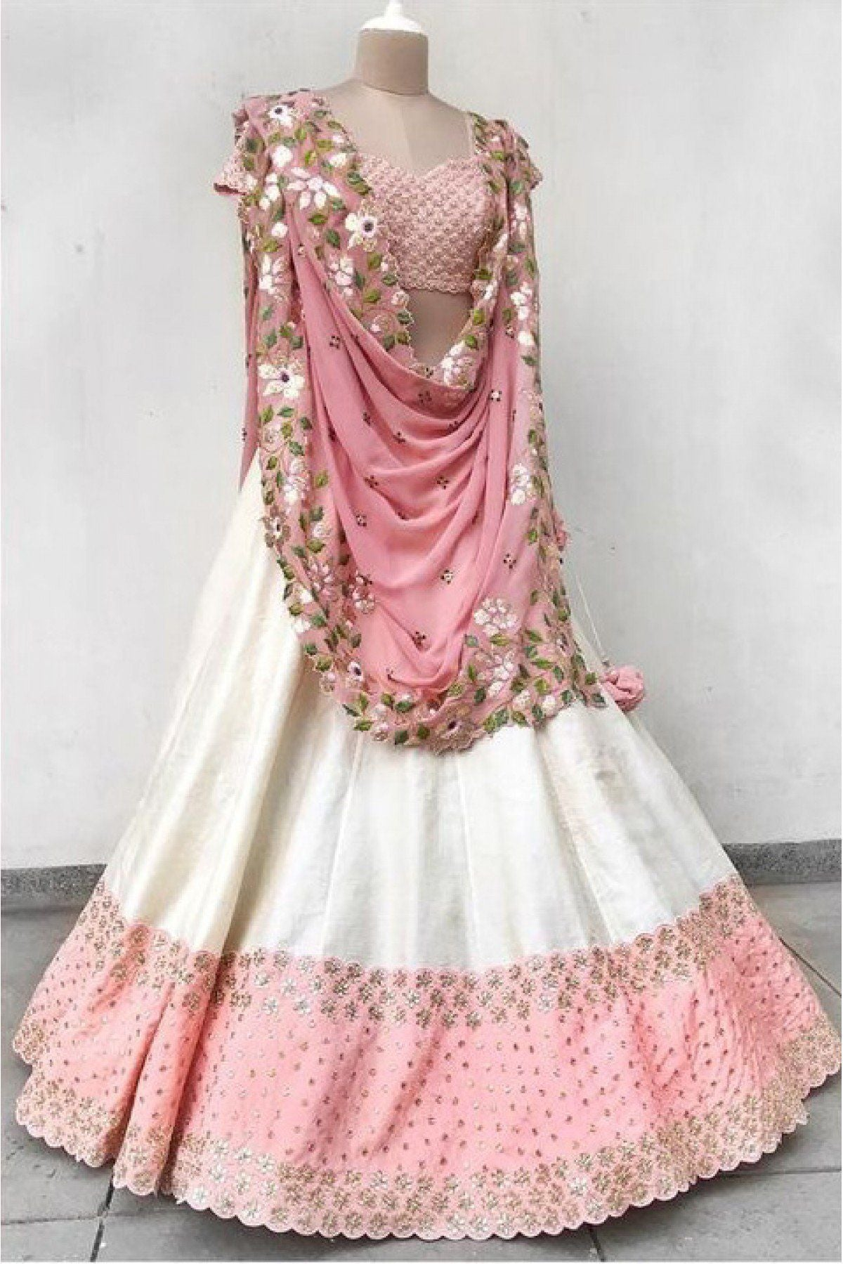 Didi Pink & White Beautiful Lehnga Choli With Dupatta (SR-241)