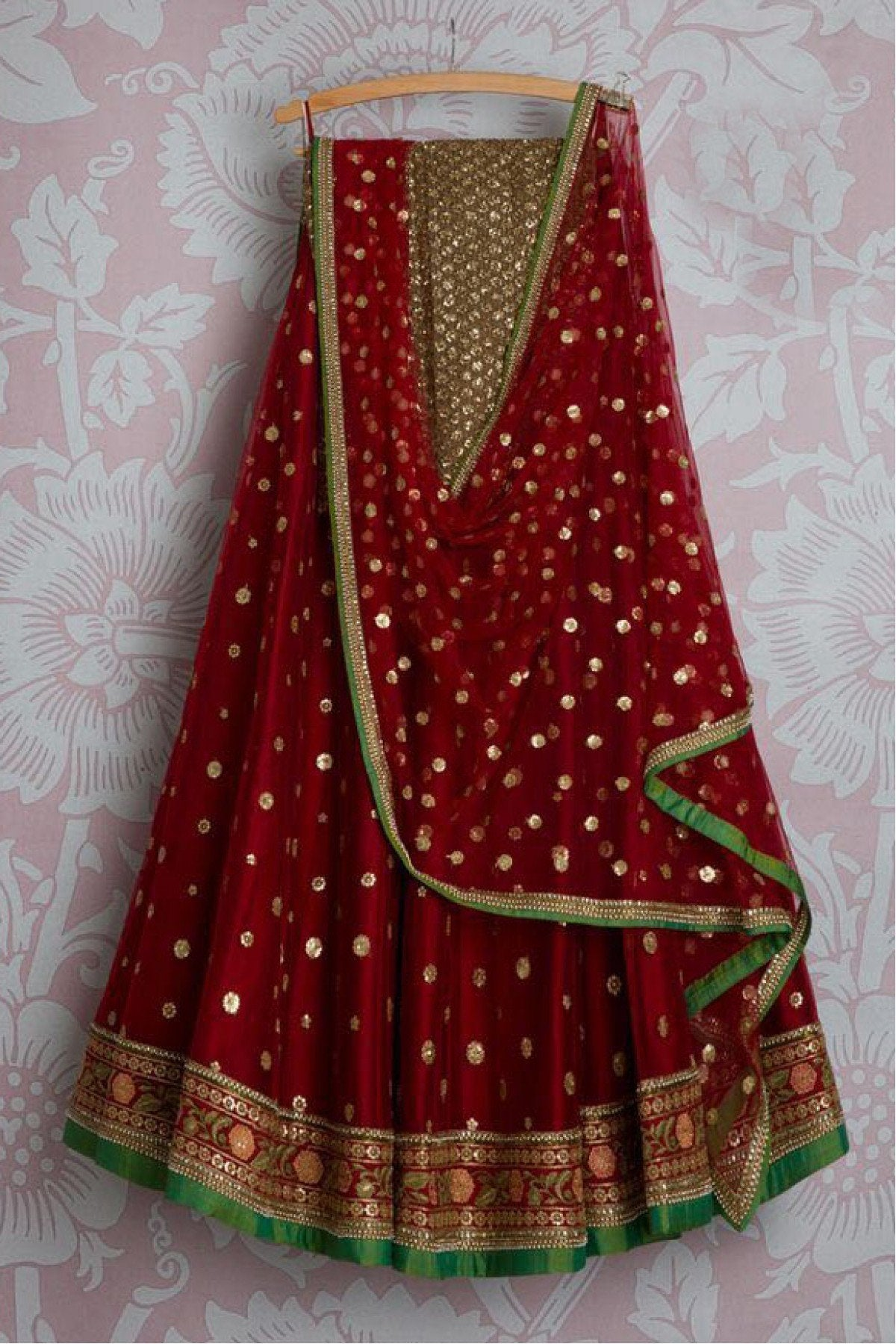 Didi Maroon Pleasurable Lehnga Choli With Dupatta (SR-246)