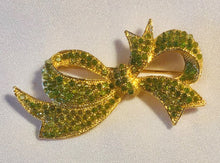 Load image into Gallery viewer, Peridot Brooch
