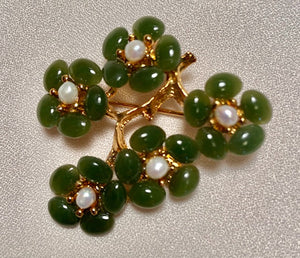 Jade and Fresh Water Pearl Brooch