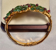 Load image into Gallery viewer, Jade and Garnet Bracelet