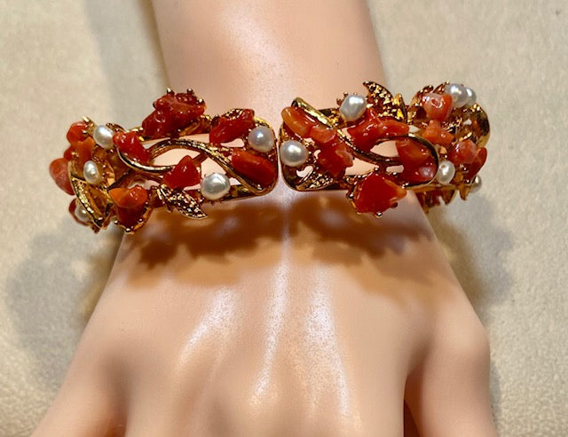 Natural Coral and Fresh Water Pearl Bracelet