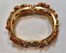 Load image into Gallery viewer, Natural Coral and Fresh Water Pearl Bracelet