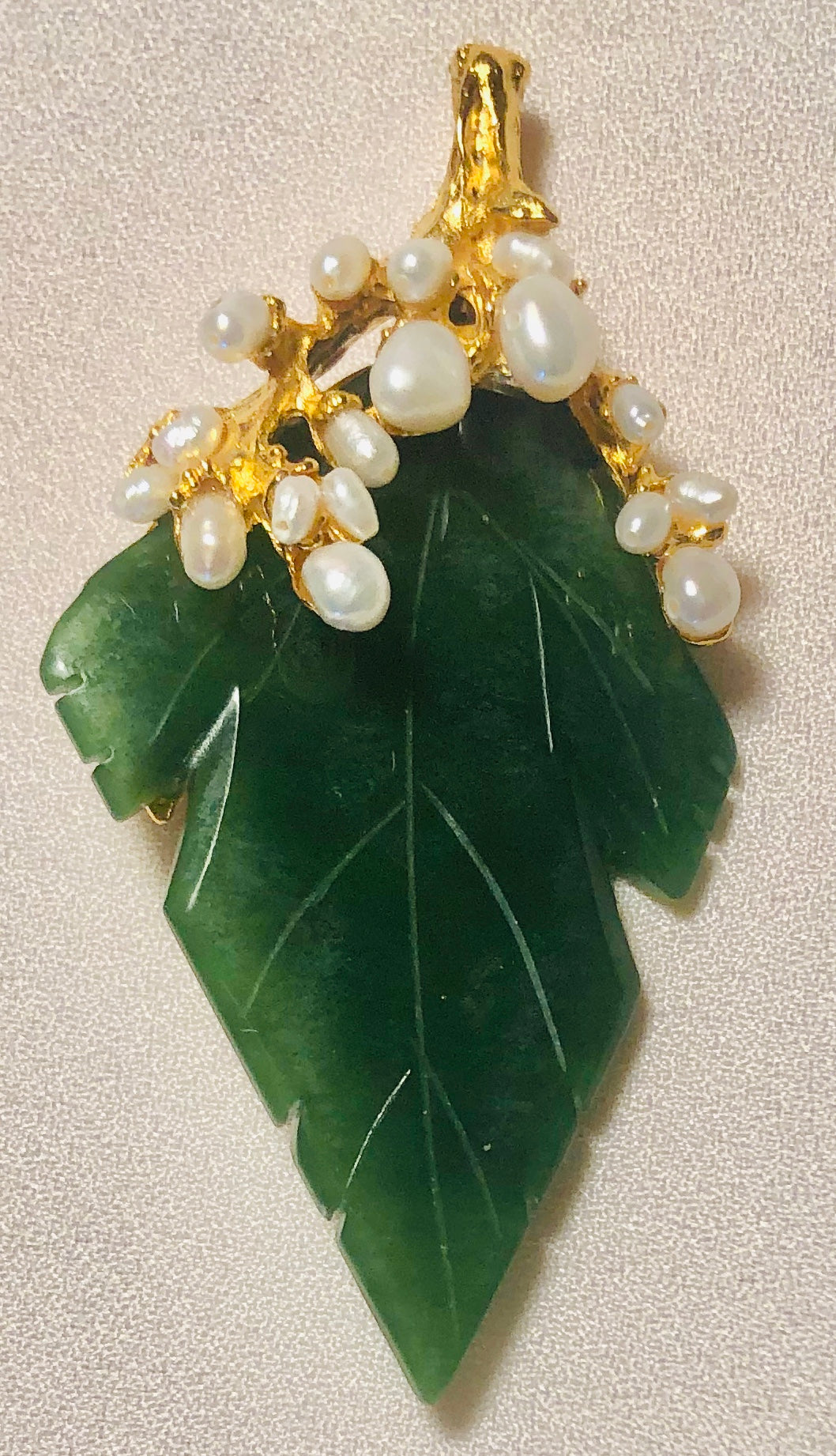 Jade and Pearl Pendant / Brooch