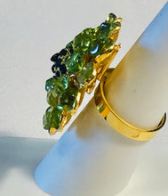 Load image into Gallery viewer, Peridot and Sapphire Ring