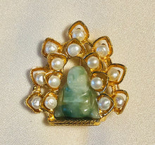 Load image into Gallery viewer, Fresh Water Pearl and Jadeite Brooch