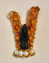 Load image into Gallery viewer, Carnelian and Fresh Water Pearl Brooch