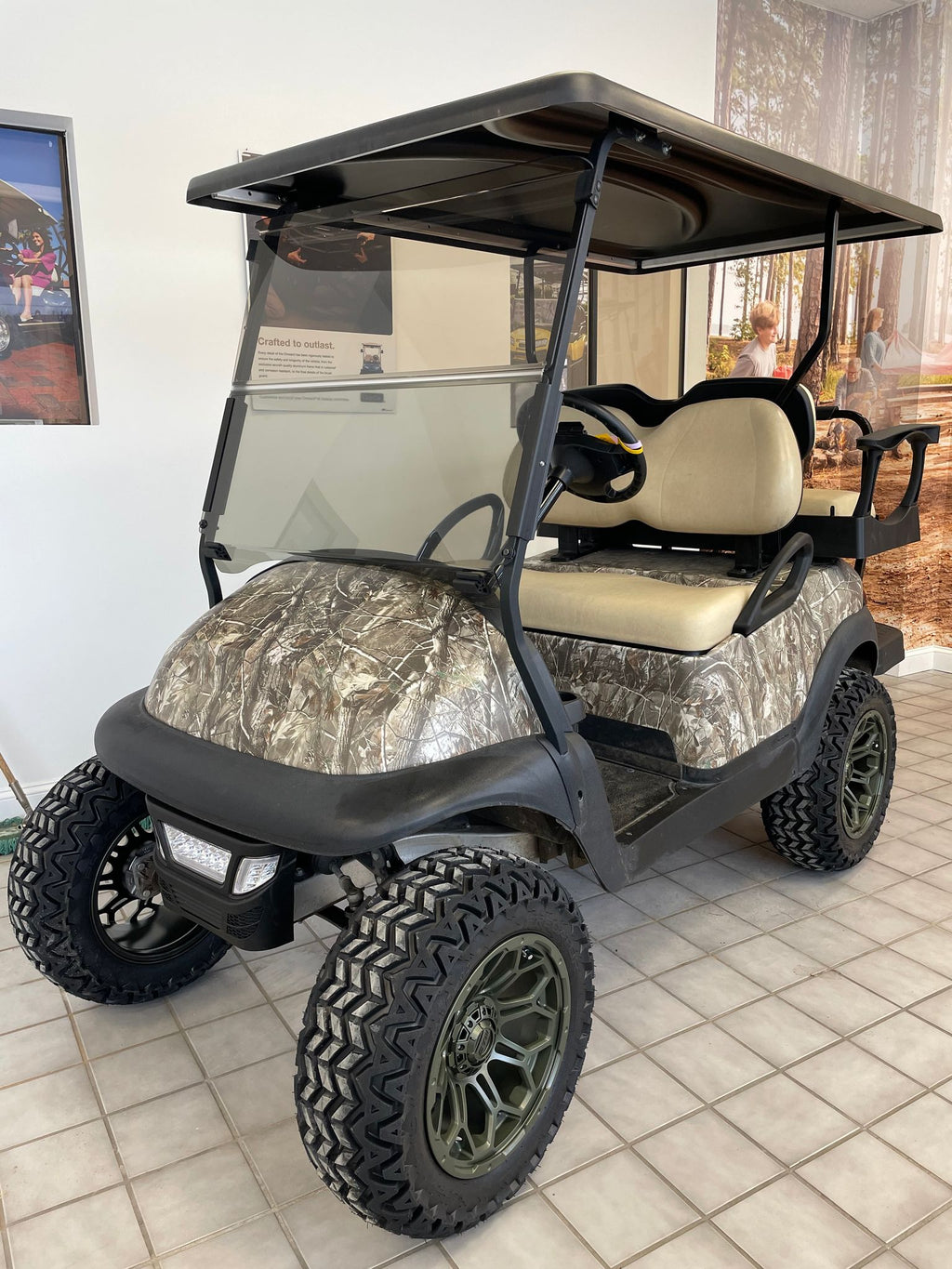 CERTIFIED PRE-OWNED 2014 ELECTRIC PRECEDENT CAMO LIFTED 4PASS LIGHTS 2019 BATTERIES